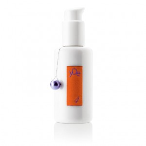 yDe 4 Orange and Macadamia Body Lotion / 95g